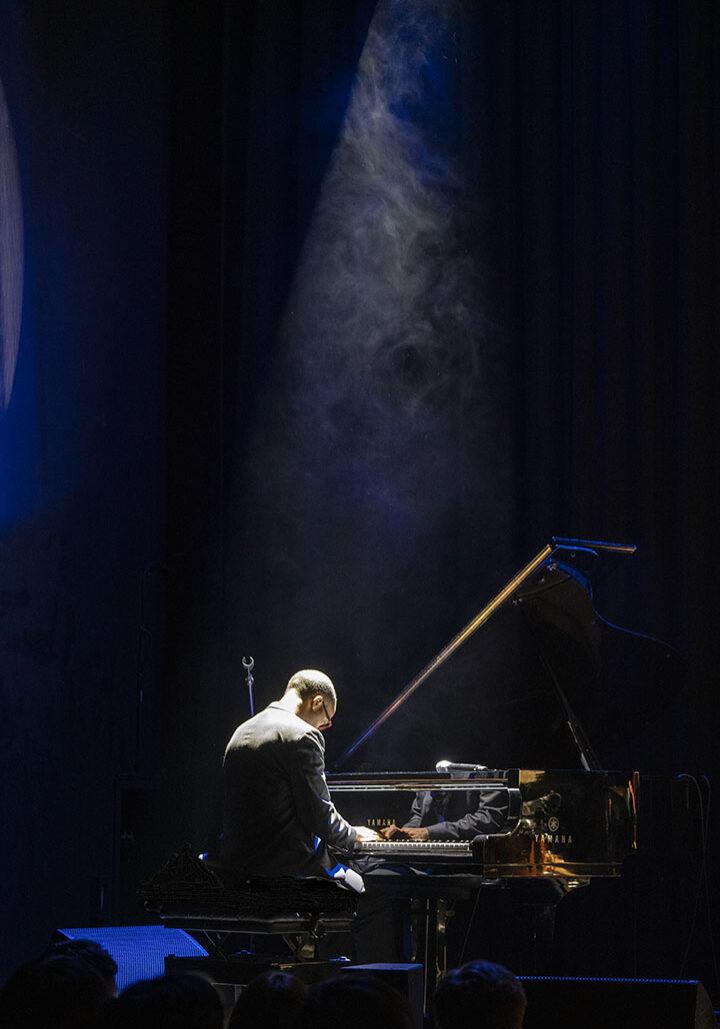 KevinHarris dark smoke piano